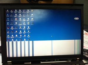 重装系统后更新显卡驱动后花屏怎么解决