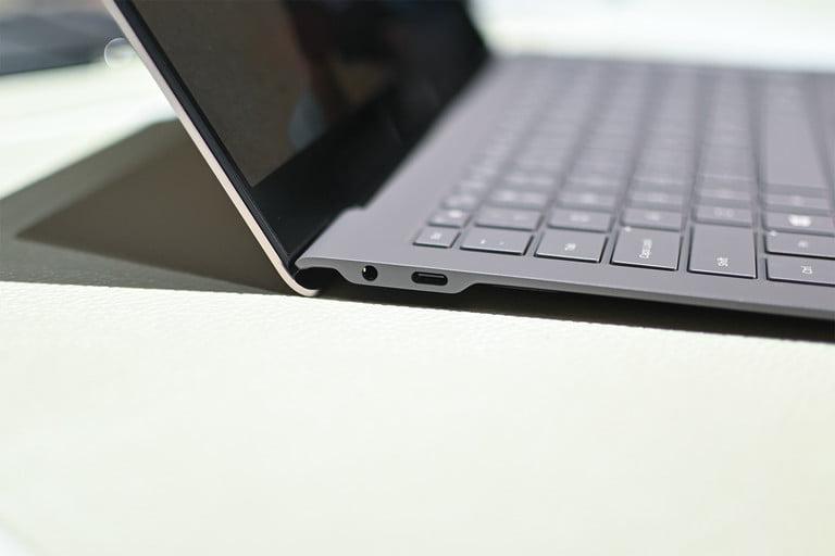 可以购买三星超薄英特尔供电的Galaxy Book S 三星推出超薄笔记本电脑